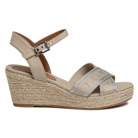 Tommy Hilfiger dámské krémové sandály