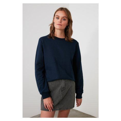 Trendyol Basic Knitted Sweatshirt with Navy Back Embroidery