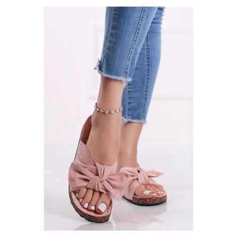 Světle růžové nízké semišové pantofle Armina Sergio Todzi