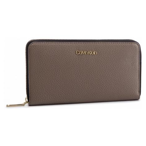 Calvin Klein dámská velká světle hnědá peněženka Neat