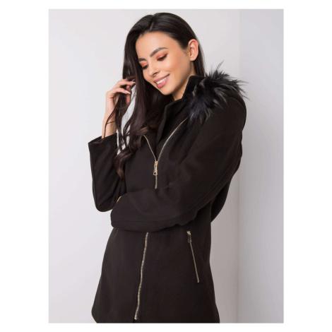 Dámský černý krátký kabát
