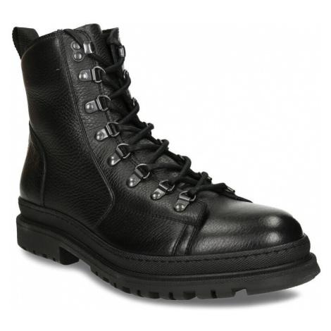 Černá pánská kožená kotníková obuv na šněrování Baťa