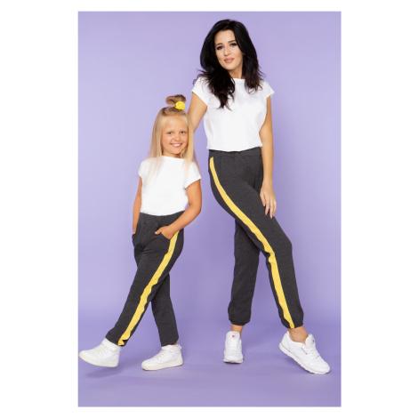 Sportovní bavlněné kalhoty pro mámu a dcerku s bočními pruhy
