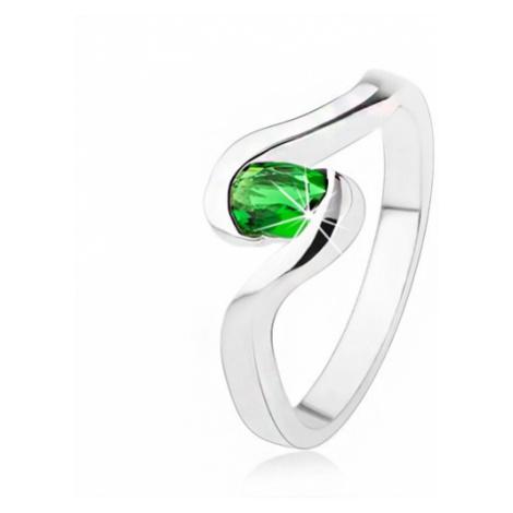 Zásnubní stříbrný prsten 925 - zvlněná ramena, tmavě zelený oválný kamínek
