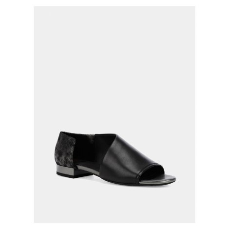 Černé dámské kožené sandály Geox Wistrey