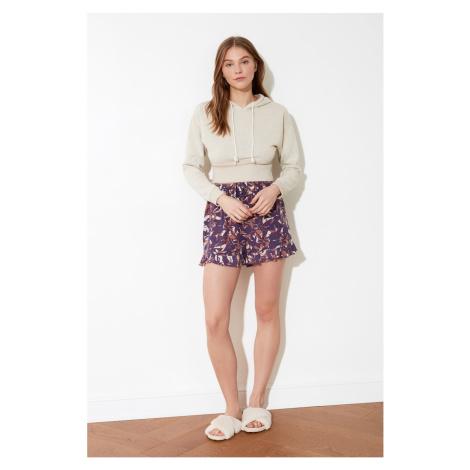 Trendyol Crop Sweatshirt with Beige Hoodie