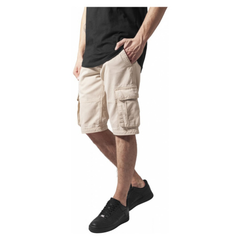Fitted Cargo Shorts - beige Urban Classics