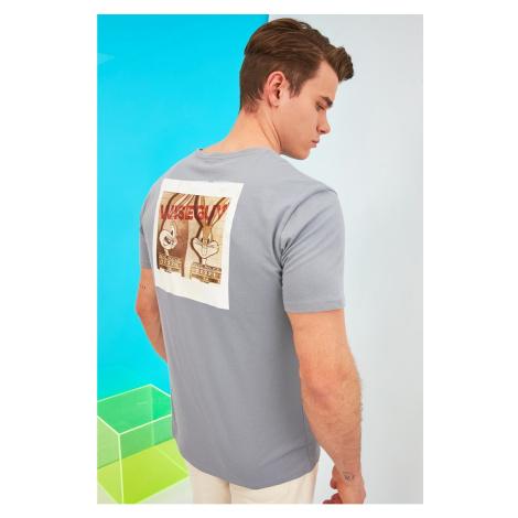 Trendyol Gray Men's Regular Fit Crew Neck Printed Licensed Bugs Bunny Short Sleeve T-Shirt