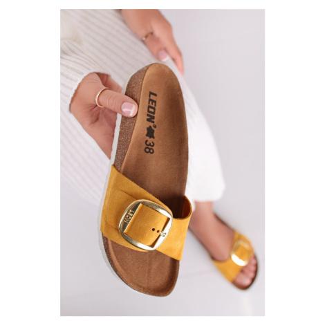 Žluté kožené zdravotní pantofle 4020