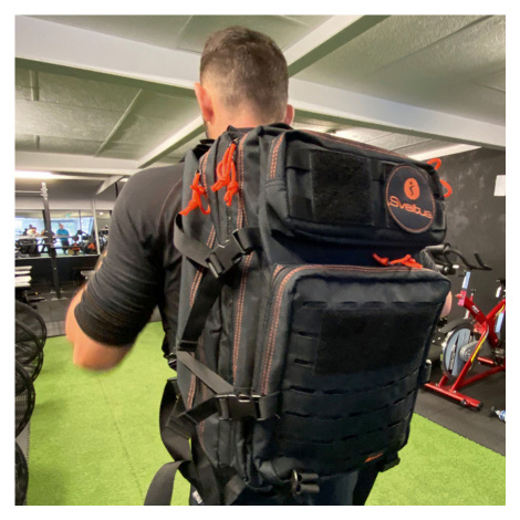 Batohy Backpack training black 45L - Sveltus