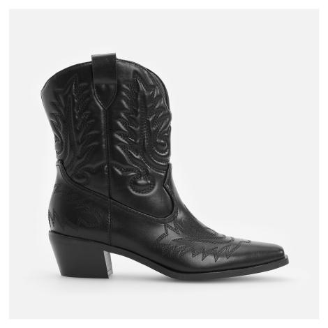 Reserved - Kovbojské kotníkové boty s ozdobným prošíváním - Černý