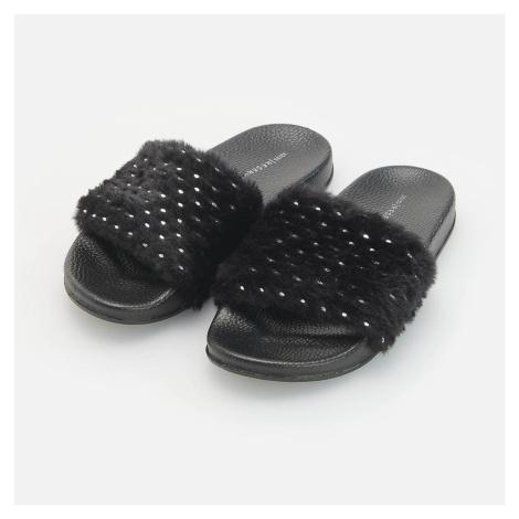 Reserved - Pantofle s umělým kožíškem - Černý