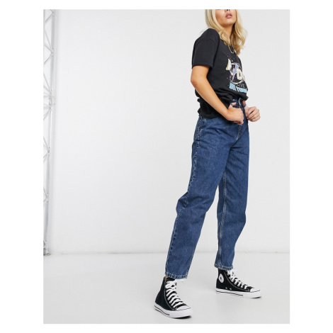 Topshop balloon leg jeans in mid wash-Blue