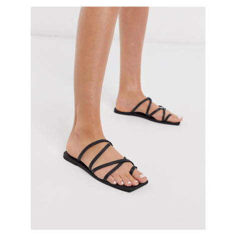 Missguided square toe sandal in black
