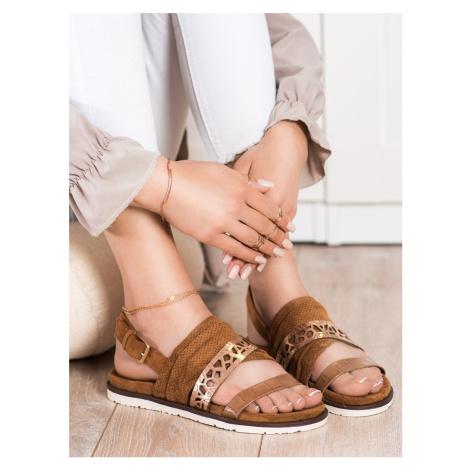 Zajímavé sandály hnědé dámské bez podpatku EVENTO