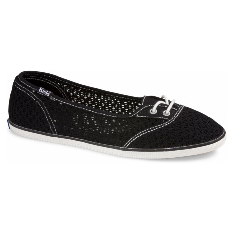 Too Cute Woven Crochet black Keds
