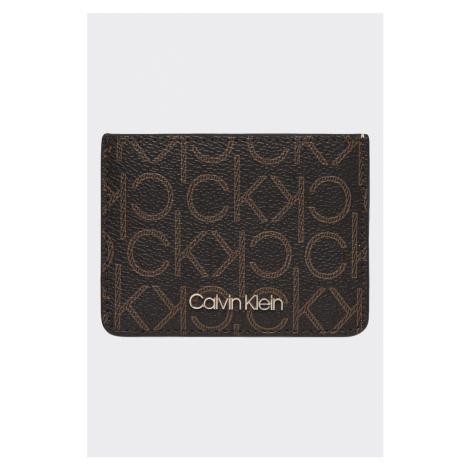 Calvin Klein pouzdro na karty s monogramem - hnědá