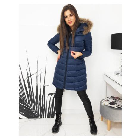 Dámská zimní prošívaná bunda mnodrá s kapucí a kožíškem
