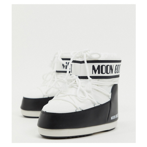 Moon Boot worldwide exclusive classic low snowboots in white