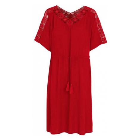 Šaty s krajkovými detaily Cellbes
