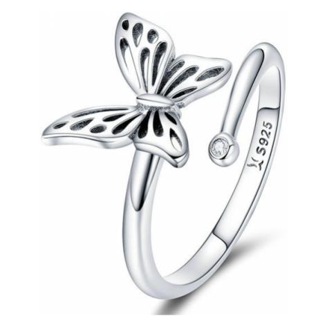 Kvalitní a originální stříbrný prsten motýl s třpytivým kamínkem