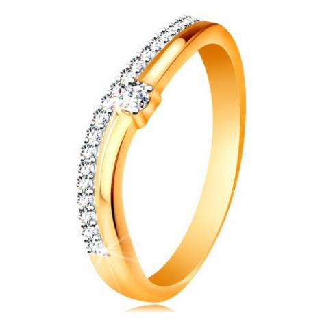 Prsten ze 14K zlata, zvlněná ramena s výřezem uprostřed a čiré zirkony Šperky eshop