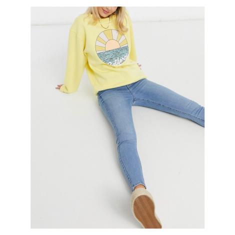 New Look lift & shape skinny jeans in light blue