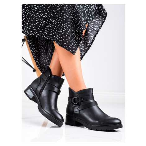 CLOWSE CASUAL ANKLE BOOTS WITH DECORATIVE STRAP