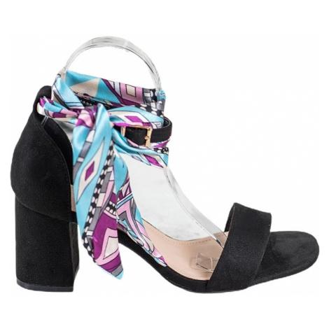 černé semišové sandálky s barevnou stužkou BASIC