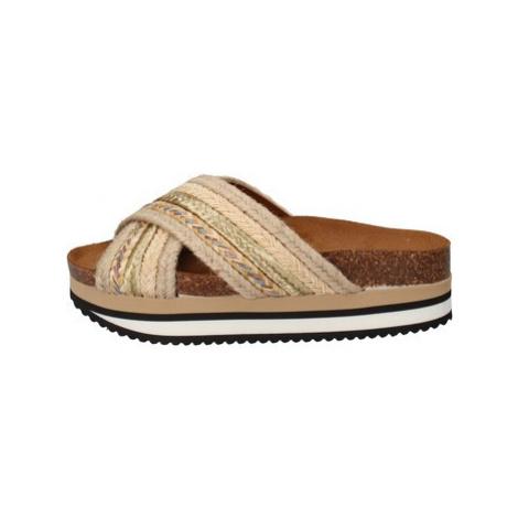 5 Pro Ject Sandály AC586 Béžová