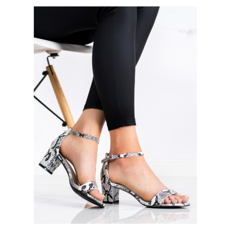Designové se zvířecím motivem sandály dámské na širokém podpatku GOODIN