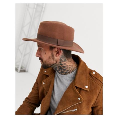 ASOS DESIGN wide brim pork pie hat in camel with band-Tan