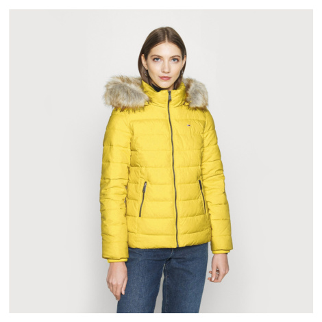 Tommy Jeans dámská žlutá bunda Essential Tommy Hilfiger
