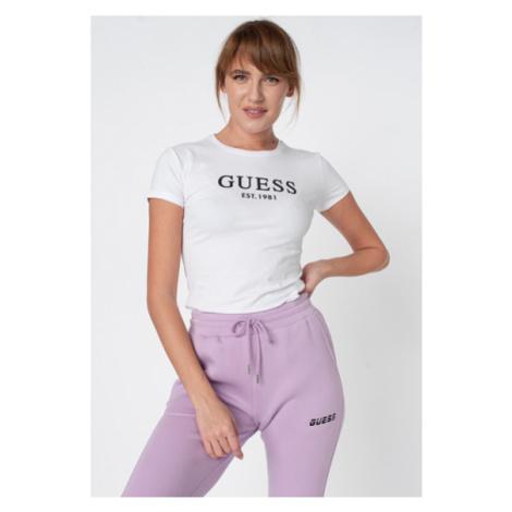 Guess GUESS dámské bílé tričko s nápisem - z bio bavlny