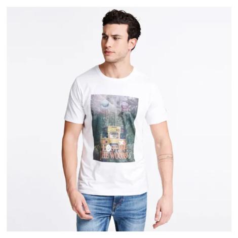 Guess pánské bílé triko s potiskem