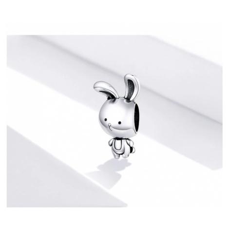 Originální stříbrný přívěsek ve tvaru roztomilého králíka