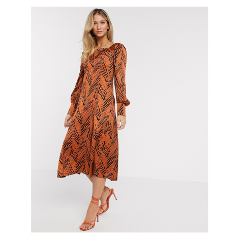 Liquorish midaxi dress with balloon sleeves in zebra print-Brown