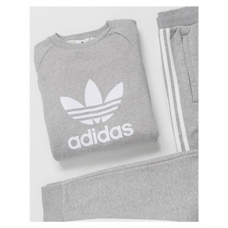 Adidas Originals sweatshirt with large trefoil in grey heather