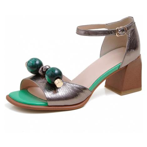 Kožené sandály společenské na hranatém podpatku s aplikací