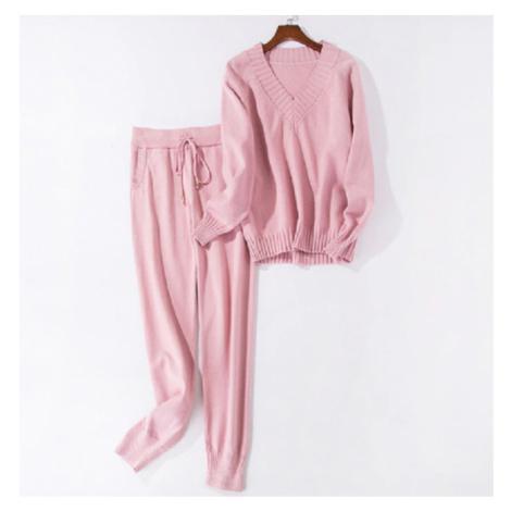 Dámský zimní komplet Tepláková souprava pletený set kalhoty a svetr