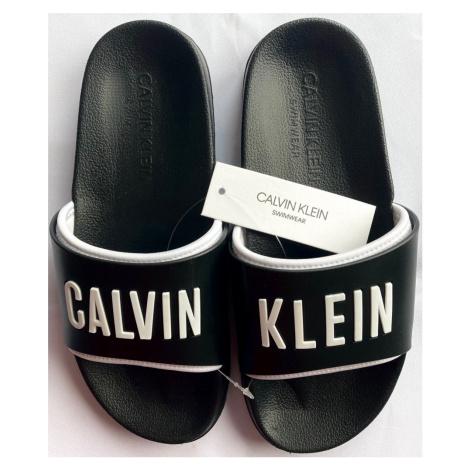 Dámské nazouváky Calvin Klein KW01372 černá   černa