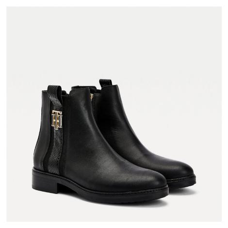 Tommy Hilfiger dámské černé kotníkové boty Interlock