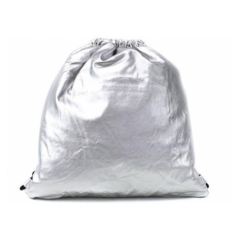 Stříbrný moderní lesklý vak Rowley Mahel