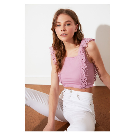 Trendyol Rose Dry Embroidered Blouse
