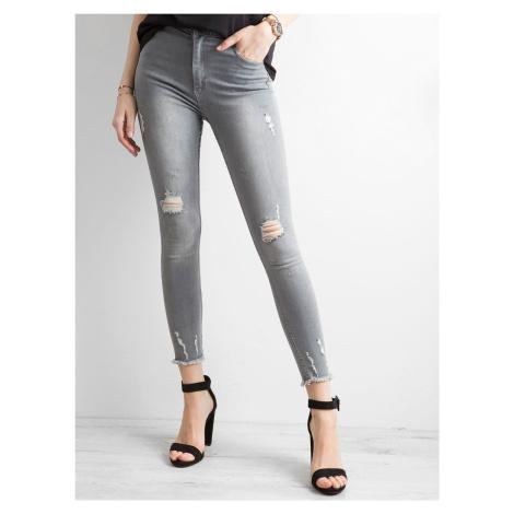 Roztrhané džíny s vysokým pasem v šedé barvě FPrice