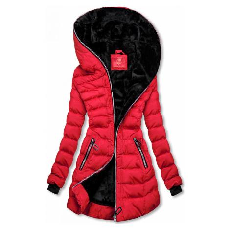 Zimní prošívaná bunda s kapucí červená Butikovo