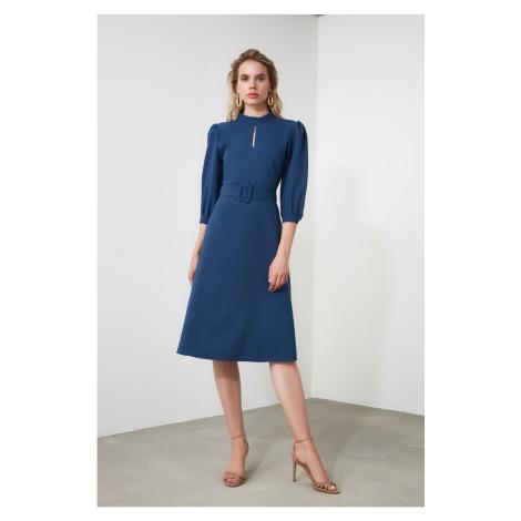 Dámské šaty Trendyol Midi