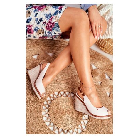 Sandals On A Braided Wedge Beige Tommy Kesi