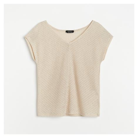 Reserved - Tričko s výstřihem ve tvaru V - Béžová