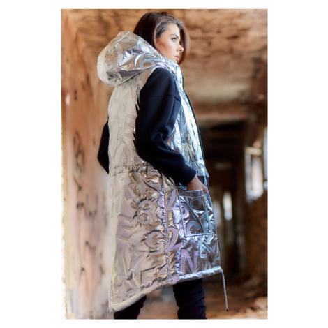 Prošívaná Vesta lesklá s podšívkou s kapucí a kapsami